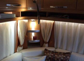 720ukfe Camper  Roulotte Usato - foto 2