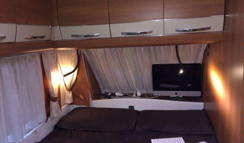 720ukfe Camper  Roulotte Usato - foto 23