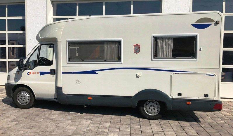 Caravans International Cipro 15 Camper  Parzialmente Integrato Usato