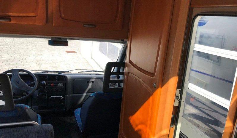 Caravans International Cipro 15 Camper  Parzialmente Integrato Usato - foto 13