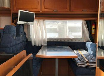 Caravans International Cipro 15 Camper  Parzialmente Integrato Usato - foto 3
