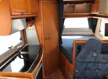 Caravans International Cipro 15 Camper  Parzialmente Integrato Usato - foto 4