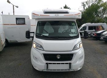 Caravans International Horon 84 Xt Camper  Parzialmente Integrato Nuovo