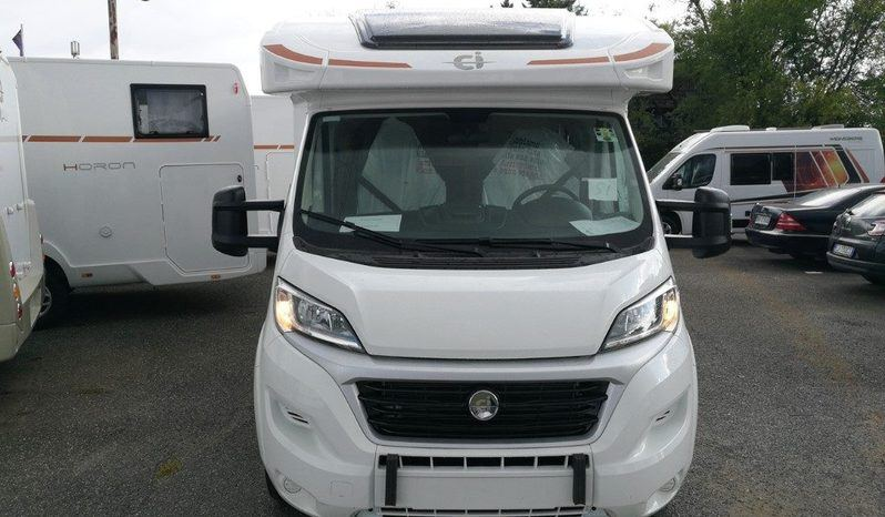 Caravans International Horon 84 Xt Camper  Parzialmente Integrato Nuovo