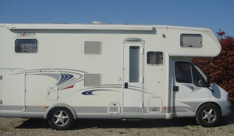 Frankia 700 Gd Confort Class Camper  Mansardato Usato