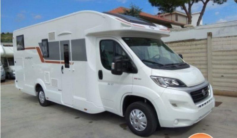 Caravans International Horon 84 Xt Ex Noleggio Camper  Mansardato Usato