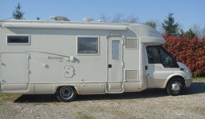 Kentucky Royal 4 Camper  Parzialmente Integrato Usato