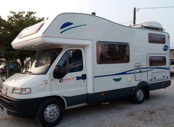 Foto Caravans International Riviera Gt Camper  Mansardato Usato