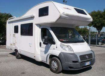 Caravans International Elliot 40 Camper  Mansardato Usato