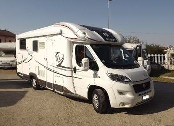 Elnagh T-loft 530 Camper  Integrato Usato