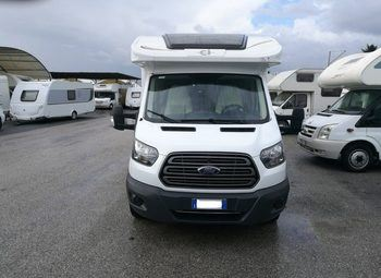 Foto Caravans International Elliot 84 Xt Camper  Parzialmente Integrato Usato