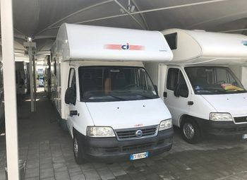 Foto Caravans International Elliot 5 Camper  Mansardato Usato