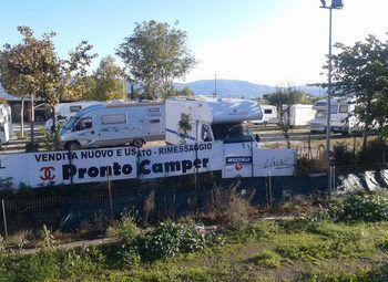 Area Rimessaggio Camper Barche E Roulottes Camper  Roulotte Usato - foto 2
