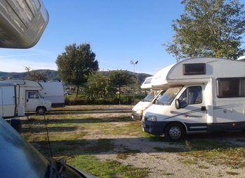 Area Rimessaggio Camper Barche E Roulottes Camper  Roulotte Usato - foto 3
