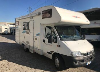 Caravans International Elliot Garage Camper  Mansardato Usato