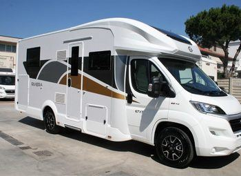 Foto Caravans International Riviera 67 Xt -2020 Camper  Parzialmente Integrato Nuovo