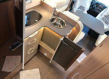 Burstner Lyseo Td 744 Privilege Camper  Parzialmente Integrato Nuovo - foto 3