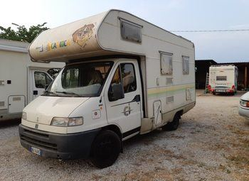 Foto Caravans International Carioca 30 Camper  Mansardato Usato