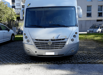VENDO MOTORHOME BAVARIA I690 (GRUPPO PILOTE)