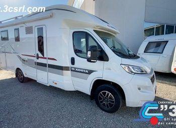 Foto Adria Italia Matrix M 670 Sc - Garage Camper  Parzialmente Integrato Usato