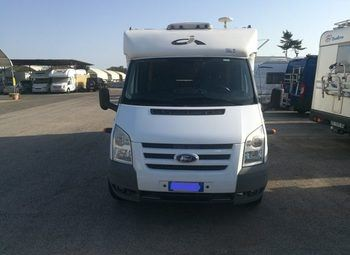 Foto Caravans International Elliot Garage Kp Camper  Parzialmente Integrato Usato
