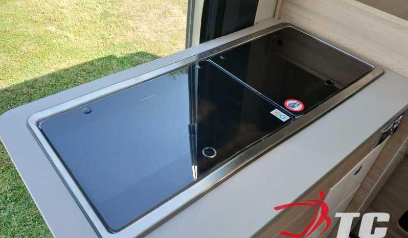 Laika Kosmo Campervan Kosmo Camper Van 5.4 Camper  Parzialmente Integrato Nuovo - foto 10