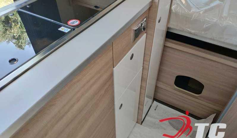 Laika Kosmo Campervan Kosmo Camper Van 5.4 Camper  Parzialmente Integrato Nuovo - foto 11