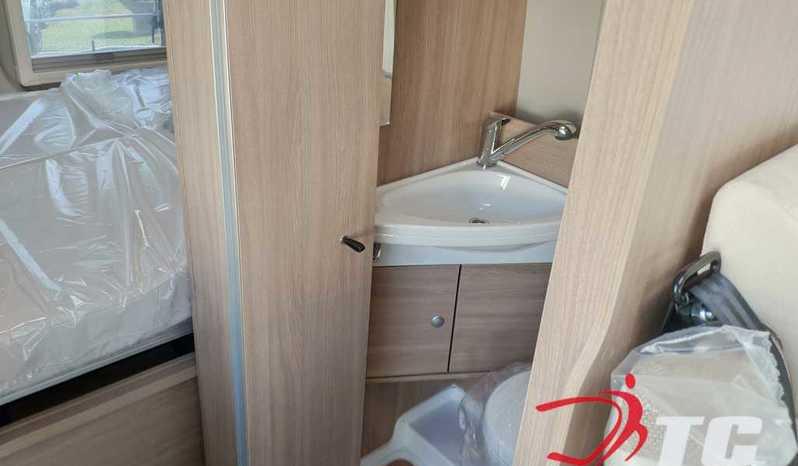 Laika Kosmo Campervan Kosmo Camper Van 5.4 Camper  Parzialmente Integrato Nuovo - foto 15