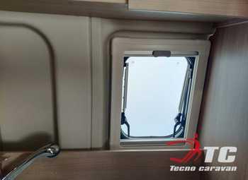 Laika Kosmo Campervan Kosmo Camper Van 5.4 Camper  Parzialmente Integrato Nuovo - foto 18