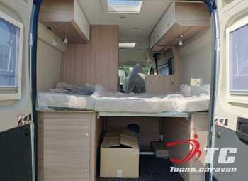 Laika Kosmo Campervan Kosmo Camper Van 5.4 Camper  Parzialmente Integrato Nuovo - foto 25