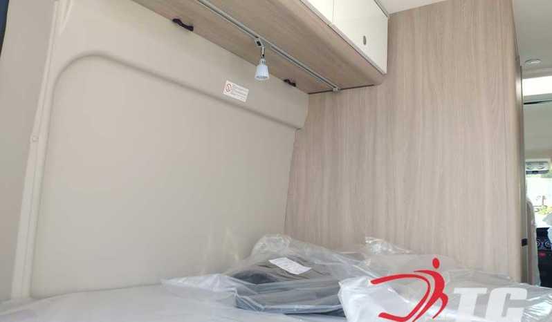 Laika Kosmo Campervan Kosmo Camper Van 5.4 Camper  Parzialmente Integrato Nuovo - foto 27
