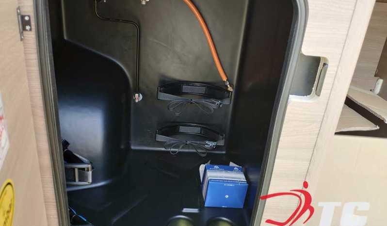Laika Kosmo Campervan Kosmo Camper Van 5.4 Camper  Parzialmente Integrato Nuovo - foto 28
