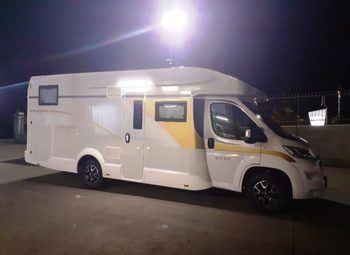 Foto Caravans International Ci Magis 87xt Face To Face Letti Gemelli Camper  Parzialmente Integrato Nuovo