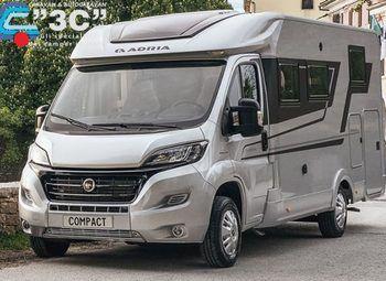 Foto Adria Italia Compact Axess Sp In Arrivo Camper  Parzialmente Integrato Nuovo