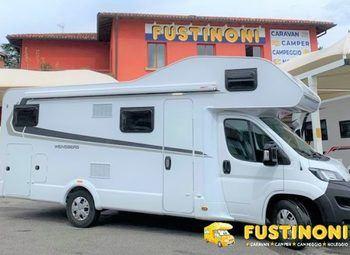Foto Weinsberg 700 Dg  Carahome  Camper Con Garage 6 P. Nolo 2019 Camper  Mansardato Usato