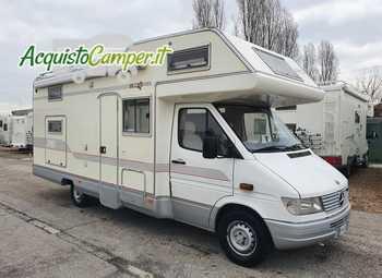 Arca Camper Serie M 5 Camper  Parzialmente Integrato Usato