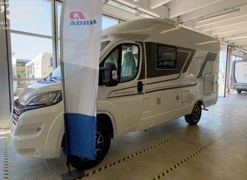 Foto Adria Italia Axess Compact Sp - Pronta Consegna Camper  Parzialmente Integrato Nuovo