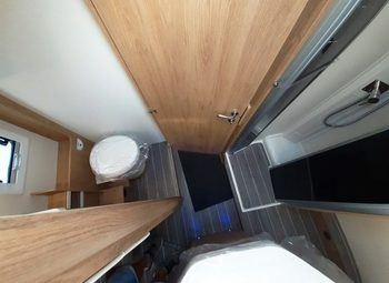 Caravans International Ci Horon 67xt Cambio Automatico, Letto Nautico Camper  Parzialmente Integrato Nuovo - foto 8