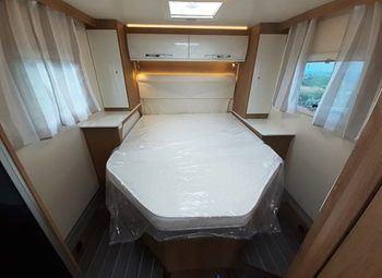 Caravans International Ci Horon 67xt Cambio Automatico, Letto Nautico Camper  Parzialmente Integrato Nuovo - foto 5