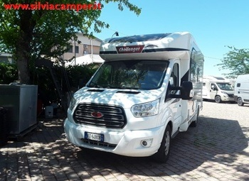 Challenger Camper Per Disabili 260graphite 4 Posti Gancio Camper  Parzialmente Integrato Usato