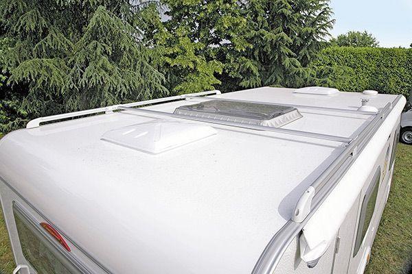Barra tetto (2x2,2m) con scala